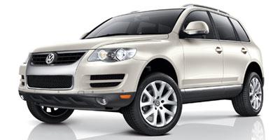 2010 Volkswagen Touareg 2