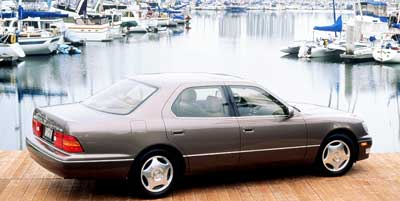 1999 Lexus LS 400 Luxury Sedan