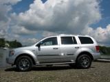 2009 Chrysler Aspen 1